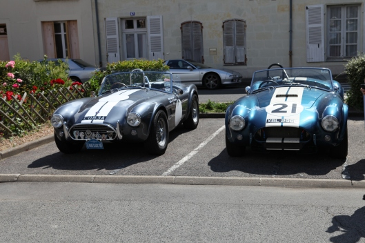 Cobra replicas a re a regular feature in any historic racing meeting